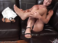 Blowjob, Brunette, Cumshot, Foot Fetish